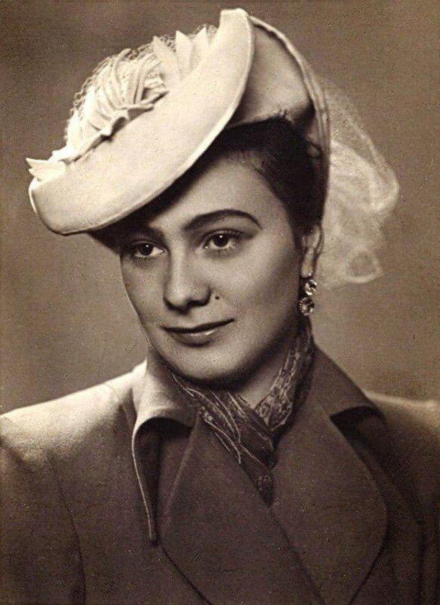 Галина Брежнева. Дочь Л.И. Брежнева. СССР. Конец 1950-х.