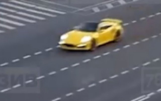 Блогер Дмитрий Рудиков aka Димас из Батайска устроил заезд в Петербурге на желтом Porsche