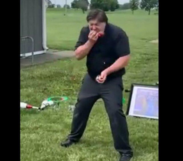 Очень талантливый жонглер
