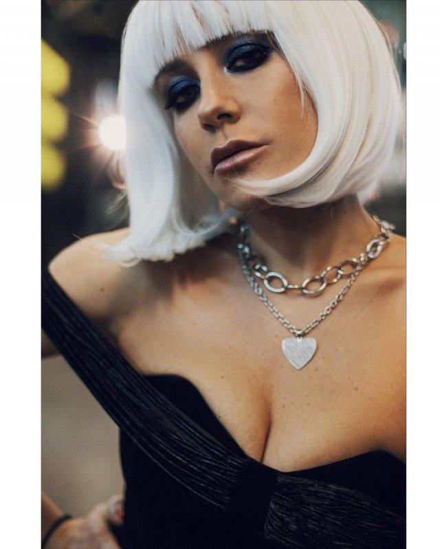 Юлия Барановская: бывшая Андрея Аршавина в черном платье