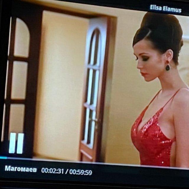 Софья Синицына - актриса, родившая Павлу Табакову дочь  в красном платье