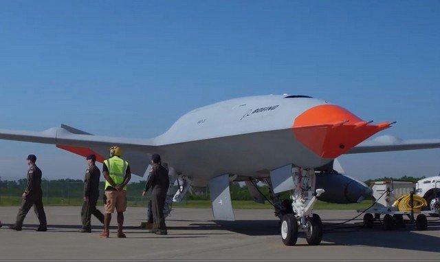 Беспилотник впервые в истории дозаправил в воздухе другой самолет