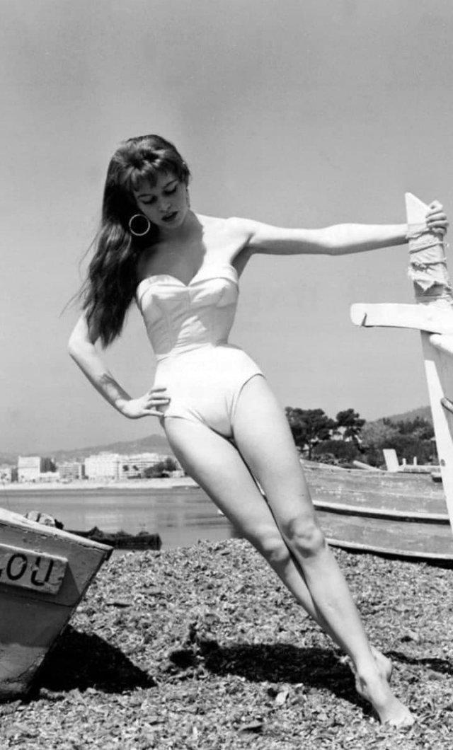 Брижит Бардо на Каннском кинофестивале, 1950-е.