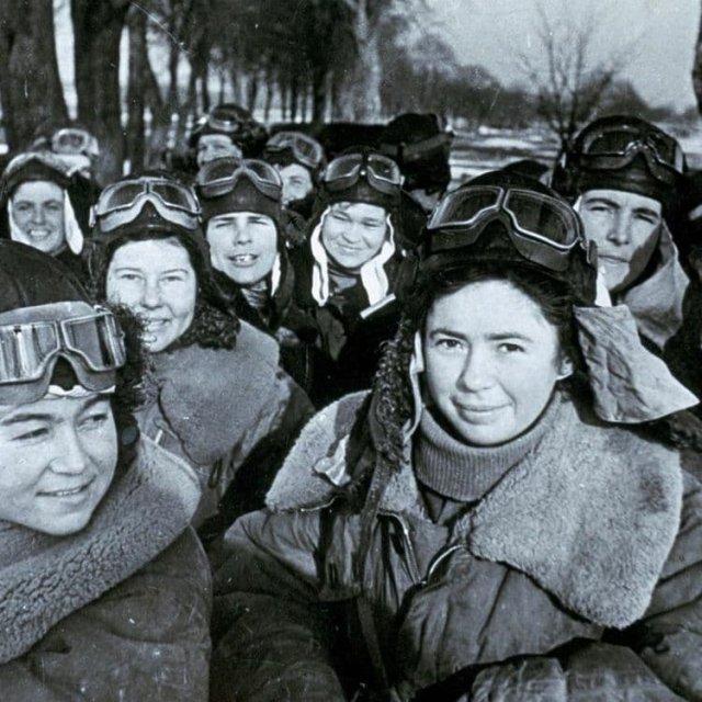 «Ночные ведьмы», бесстрашные русские летчицы, бомбившие нацистов ночью, 1941 год