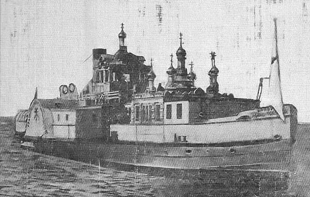 Плавучая церковь Николая Чудотворца — единственный в Российской Империи корабль, на котором располагалась полноценная православная церковь. Действовал в 1910-х годах в Каспийском море.