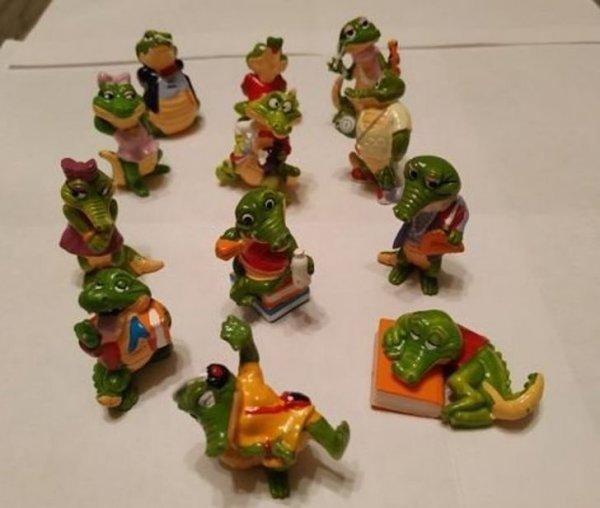 Мне больше всего нравились в киндер-сюрпризе вот эти крокодилы
