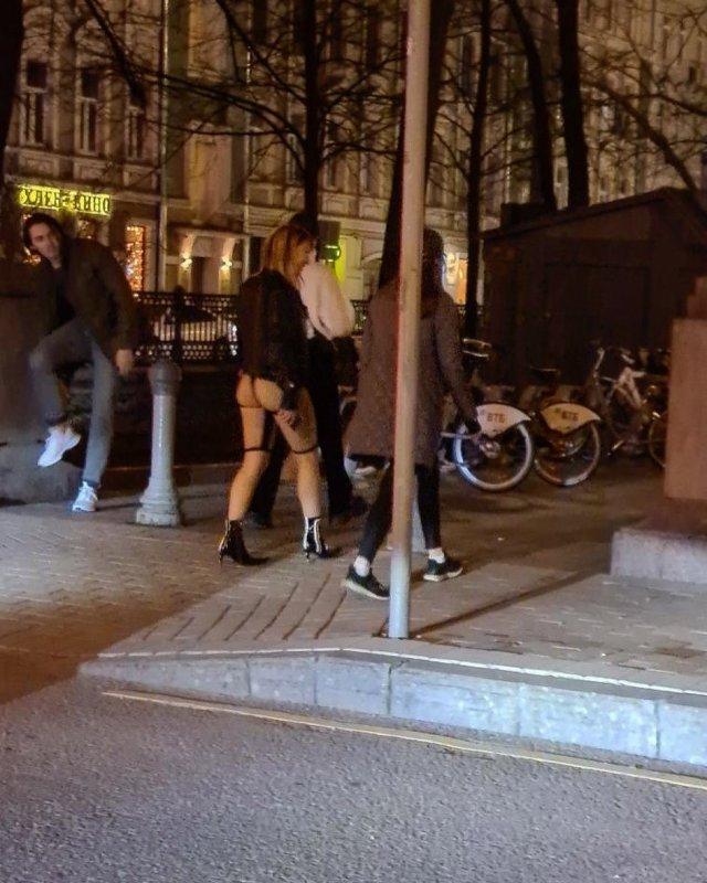 В Сети обсуждают «голые» женские велосипедки