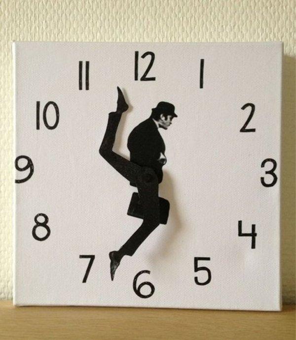 А время все идет