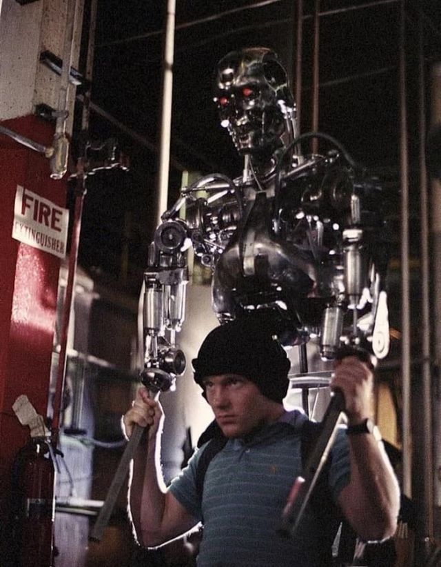 Moдель Т–800 на съeмках фильмa «Тepминатор», 1984 год