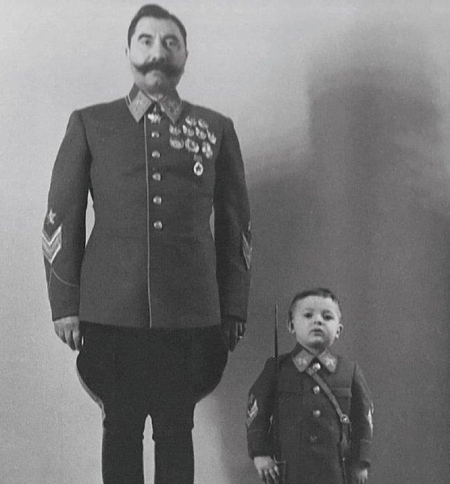Маршал Советского Союза С.М. Будённый с сыном Сергеем. СССР. 1940-е.