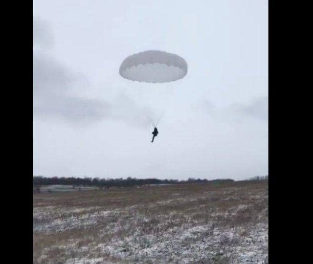 Неудачное приземление на парашюте
