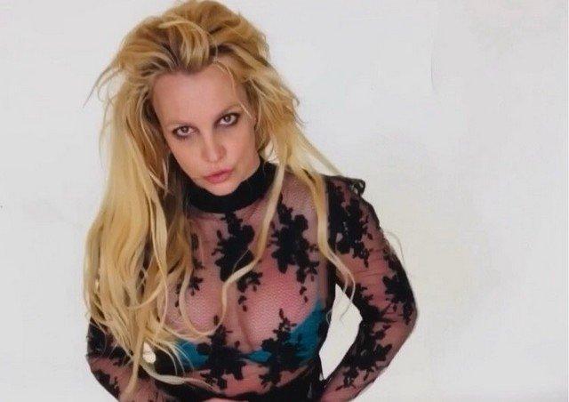 """Бритни Спирс в суде рассказала об издевательствах со стороны отца: """"Я не в порядке, я не могу спать"""""""