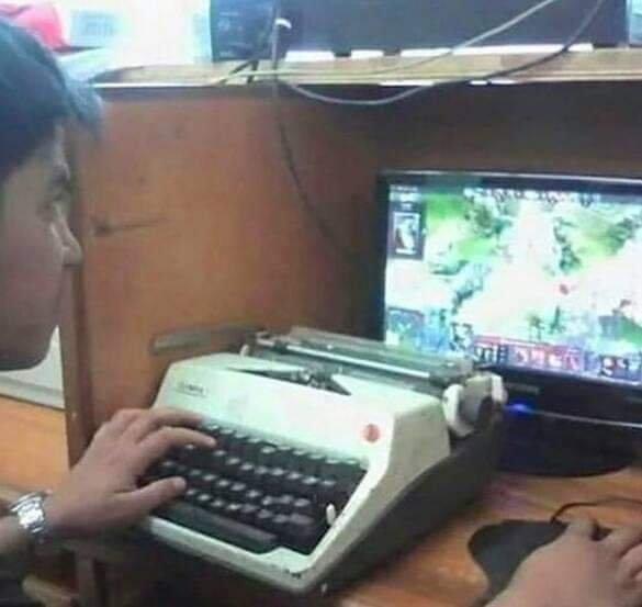 Ретро-клавиатура