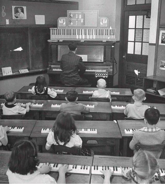Урок фортепиано, 1947 год