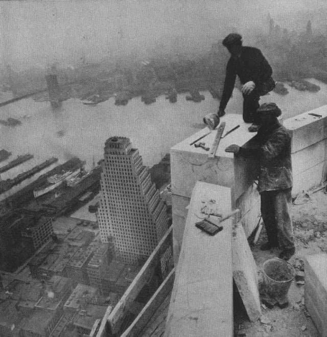 Рабочие на небоскребе, Нью-Йорк, 1931 год