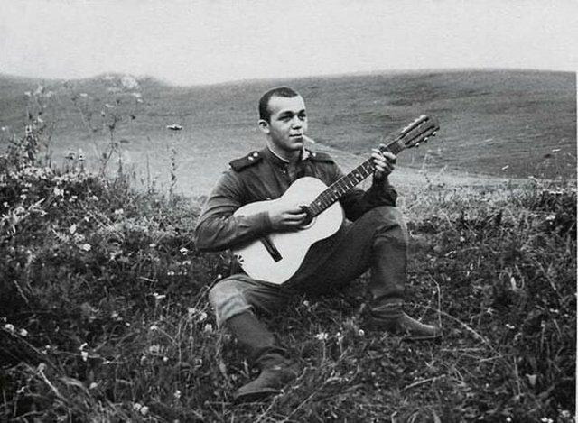 Рядовой Иосиф Кобзон, СССР, 1958 год.