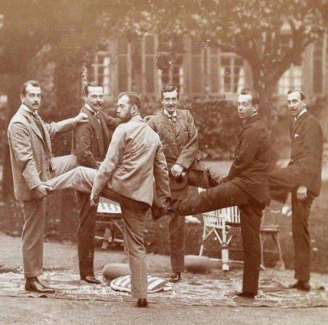 Николай II в компании Великих Князей и греческого принца Николая, Германская империя, 1899 год.