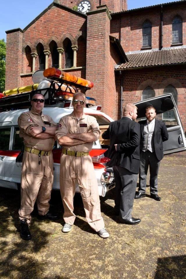 """Британец перестроил машину из """"Охотников за привидениями"""" под катафалк и сдал ее в аренду"""