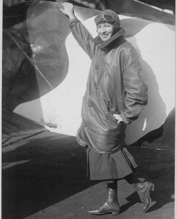 1910-е. Марджори Стинсон, первая женщина — пилот авиапочты
