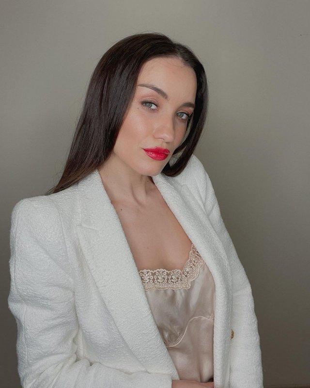Певица Виктория Дайнеко идет в Государственную Думу