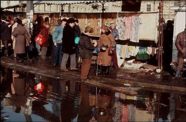 На Сенной, эпоха перехода к рынку, Санкт-Петербург, 1992 год