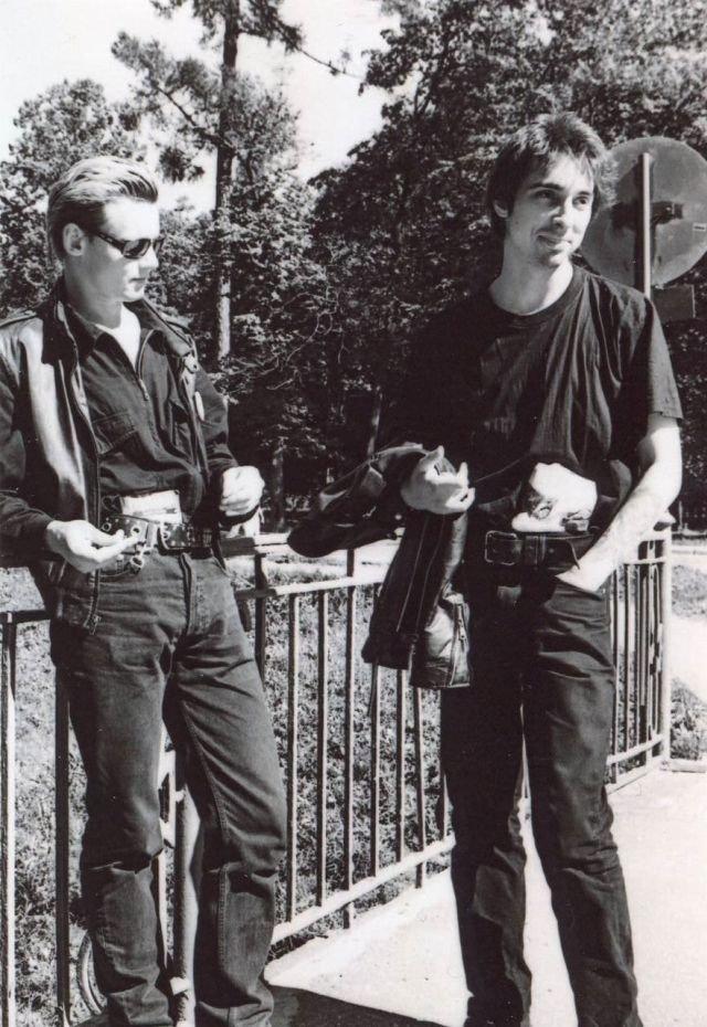 """Король и Шут, 1990-е. Андрей """"Князь"""" Князев и Михаил """"Горшок"""" Горшенёв."""