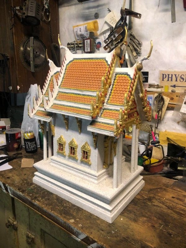 Антикварный домик духов из Таиланда — наследство от моей бабушки