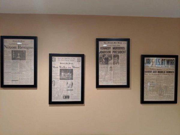 Получил в наследство от дедушки старые газеты с новостями о событиях мировой величины