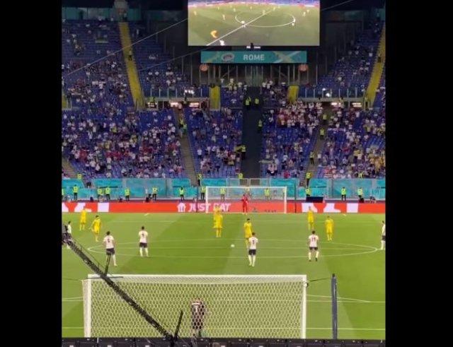 Игроки сборной Украины по футболу отказались вставать на колено в поддержку BLM
