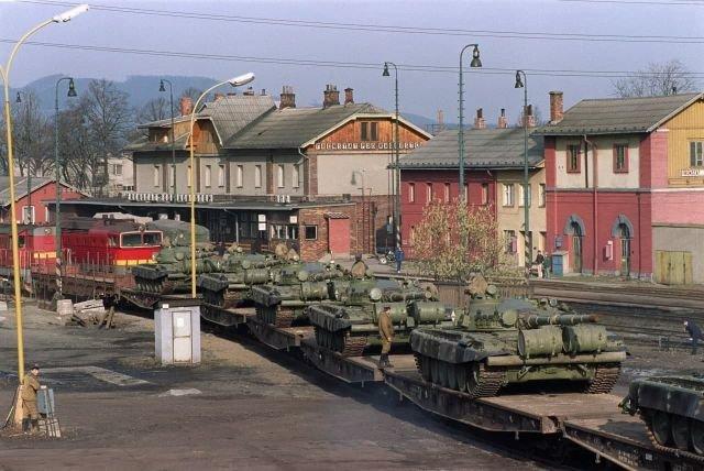 Вывод советских танков из Чехословакии зимой 1990 года, Френштат–под–Радгоштем, Чехословакия