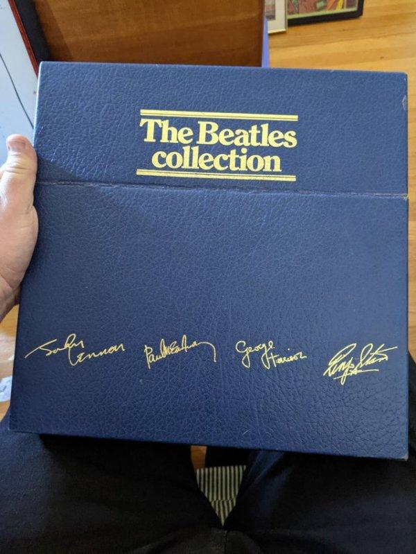 Виниловые пластинки группы The Beatles 1984 года