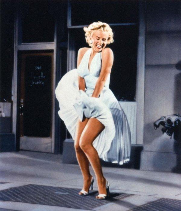 Платье Мерилин Монро из фильма «Зуд седьмого года» (1955)