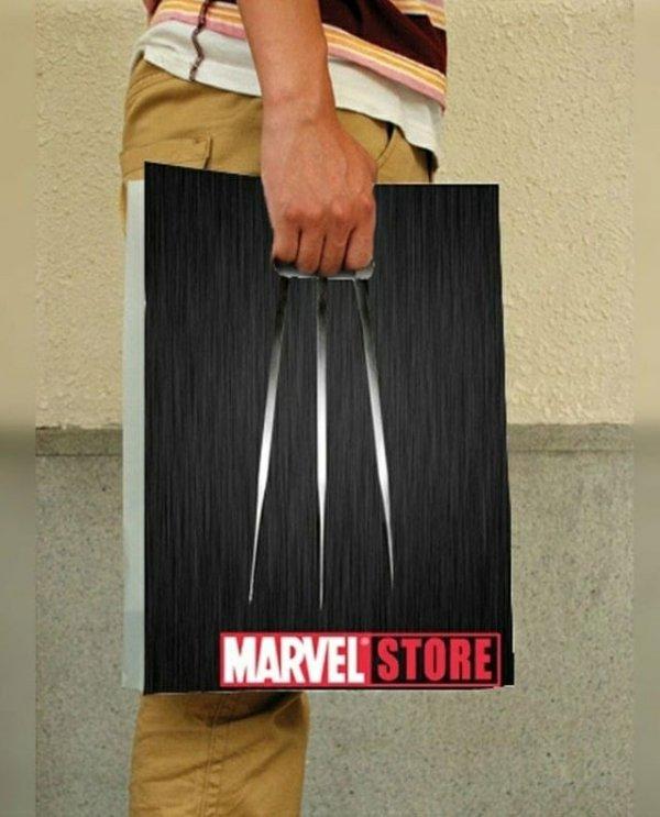 Пакет из магазина Марвел