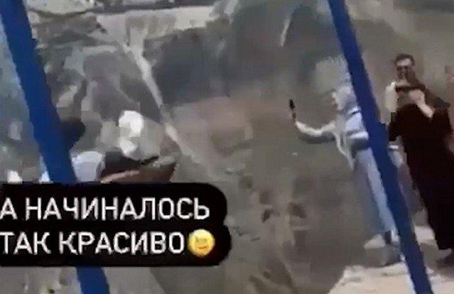 Во время катания на качелях в Дагестане две девушки сорвались в Сулакский каньон