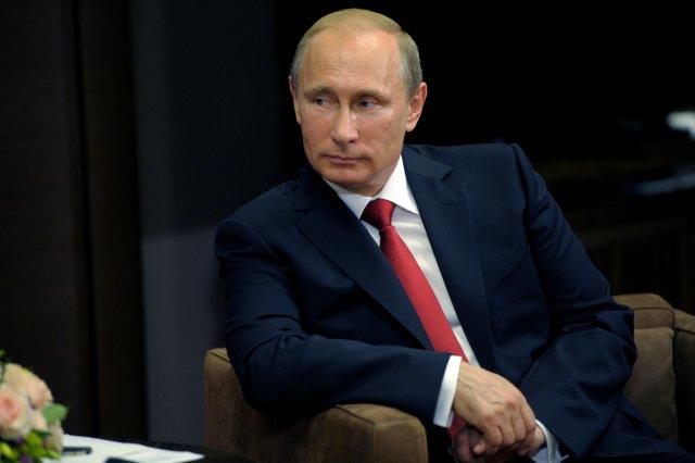 Владимир Путин написал статью по Украине — «Об историческом единстве русских и украинцев». Тезисы