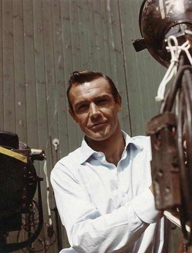 Шон Коннepи на съемкax фильма «Из России с любовью», 1963 год.