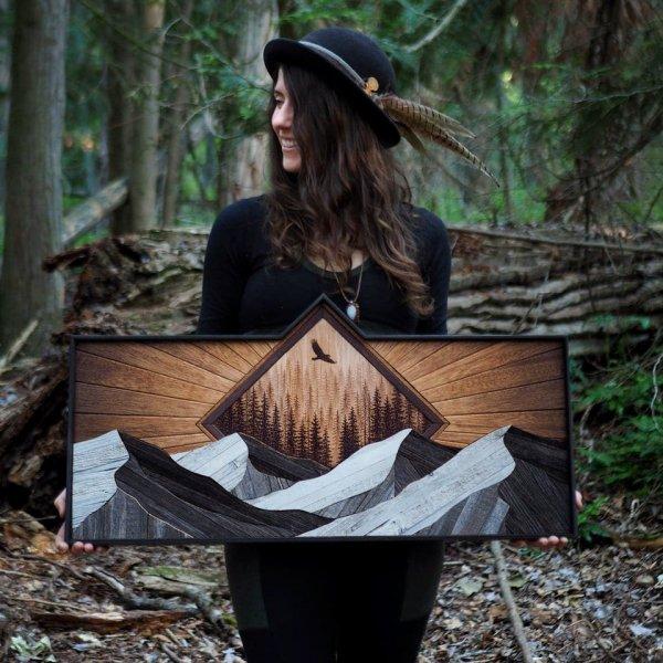Отмечаю первую годовщину работы в качестве художника по дереву!