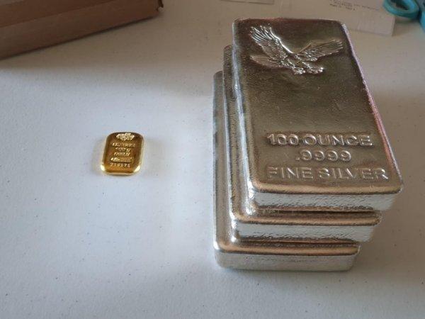 $5000 в золоте и $5000 в серебре