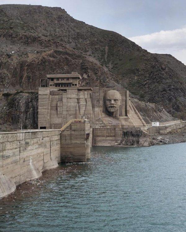 Дамба Кировского водохранилища, Киргизия
