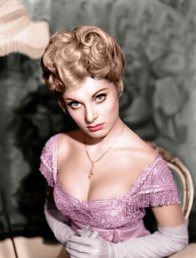 Белинда Ли - британская актриса, 1959 год.