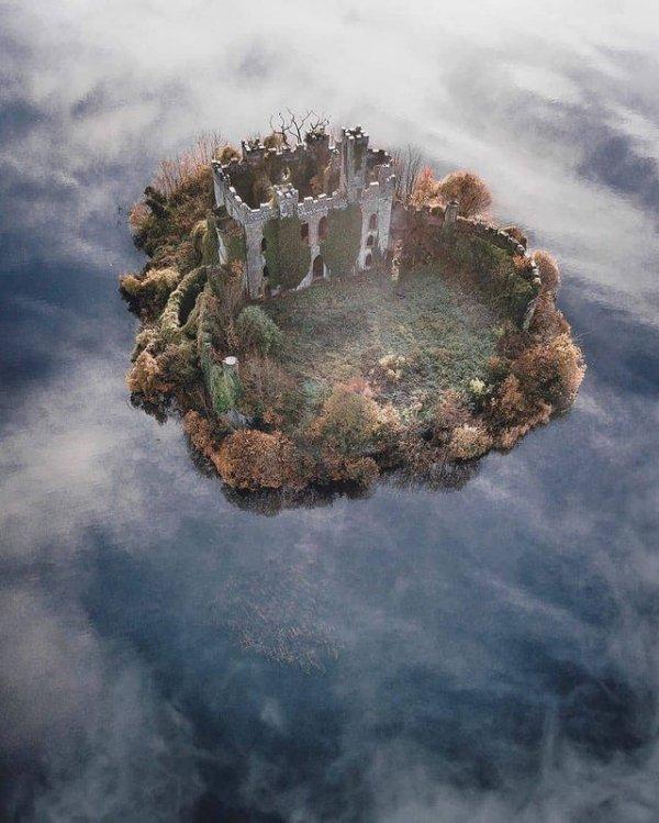 Замок Макдермотт, Ирландия