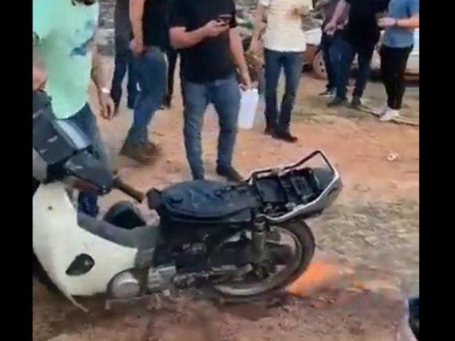 Зря подлил бензина в огонь