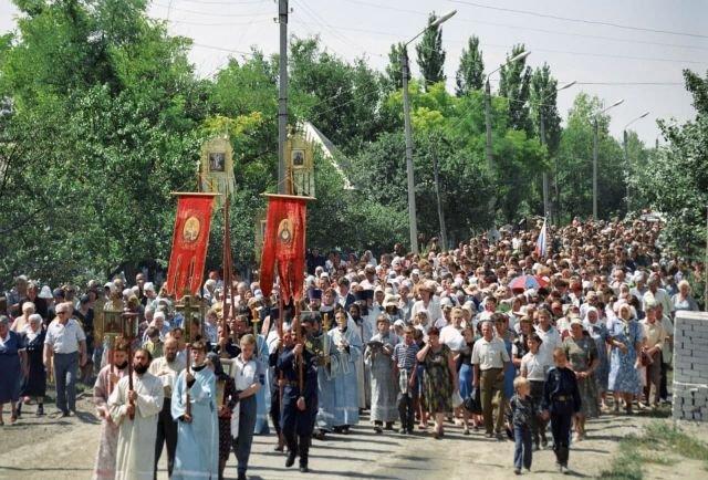 Поминовение погибших в Буденновске. 23 июля 1995 года.