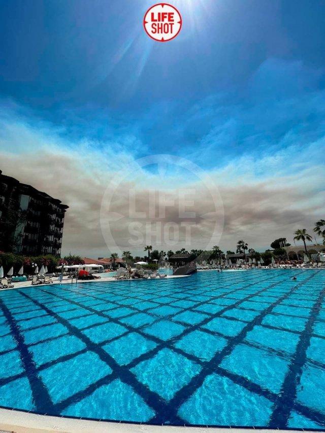 Лесные пожары в Турции угрожают туристическому сезону