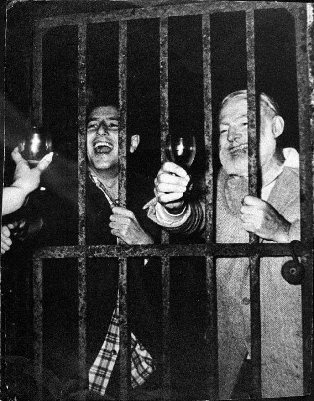 Подборка черно-белых фотографий из архива