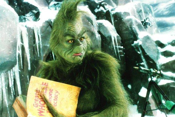 Джим Керри учился переносить пытки во время съёмок фильма «Гринч — похититель Рождества» (2000)