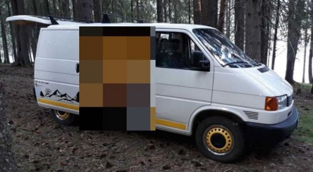 Мастер из Болгарии переделал старый Volkswagen Transporter в удобный и необычный дом на колесах
