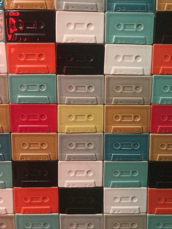 Настенная плитка в виде кассет
