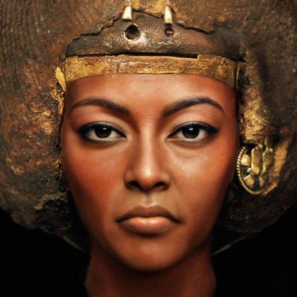 Царица Тия, супруга египетского фараона Аменхотепа III