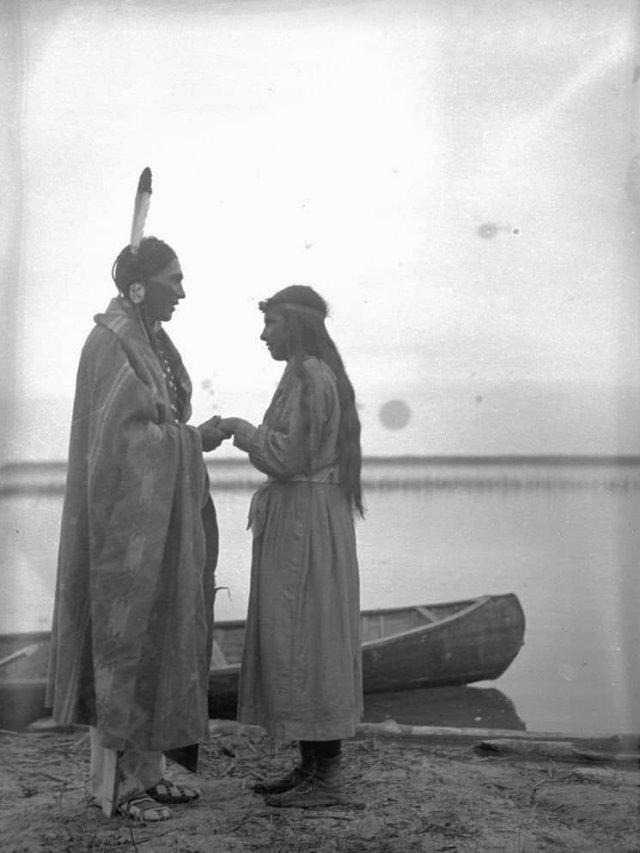 Молодая пара, река Уотерхен, Саскачеван, Канада, 1931 год.